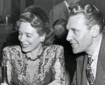 Ralph Bellamy with his third wife Ethel Smith in New York (1946)
