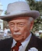 "Les Tremayne as Big Daddy Hogg in ""The Dukes of Hazzard"" (1985)."