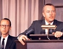 "Olan Soule as Assistant Auctioneer and Les Tremayne as Auctioneer in ""North by Northwest"" (1959) Back in 30s it was Olan who went on to do the ""First Nighter"" series which made Tremayne famous...."