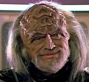 "Dobkin als Klingon ambassadeur Kell in ""Star Trek"". ""The Mind's Eye"" (27 mei 1991)."