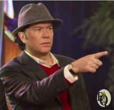 "It seems natural for Timothy Hutton to dress up in his fathers EQ costume (or close enough) as ""Ellery Queen: World's Greatest Detective' ."