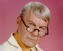 Dr. Amos Weatherby (David Wayne) in House Calls (1979-1982), close to retirement and with a mean streak . The best he could do was to irritate Dr. Solomon by constantly getting his name wrong while going his own way.